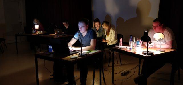 """Gastspiel aus Bellenberg: """"Chatroom"""""""